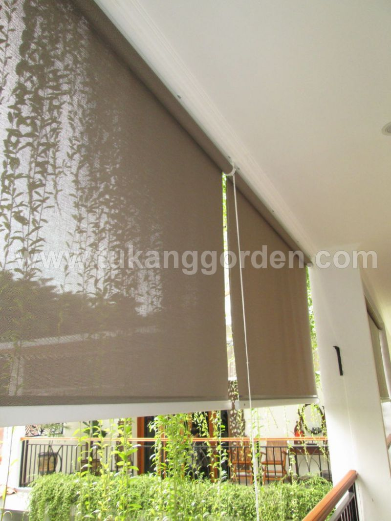 SHARP POINT Roller Blind Out Door 292.000/M2